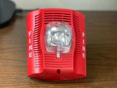 System Sensor SPSRH Fire Alarm Speaker/Strobe Wall Red (No Mounting Bracket)