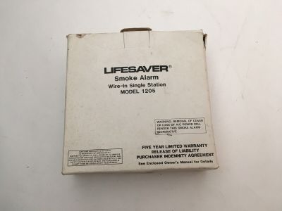*NIB* *New* Lifesaver 1205 Fire Alarm Wire-In Single Station Smoke Detector