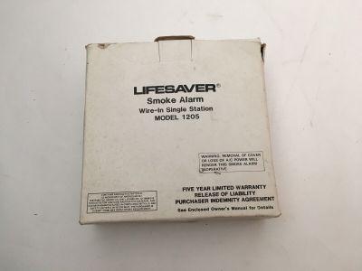 *NIB* *New* Lifesaver 1205 Fire Alarm Wire-In Single Station Smoke Detector
