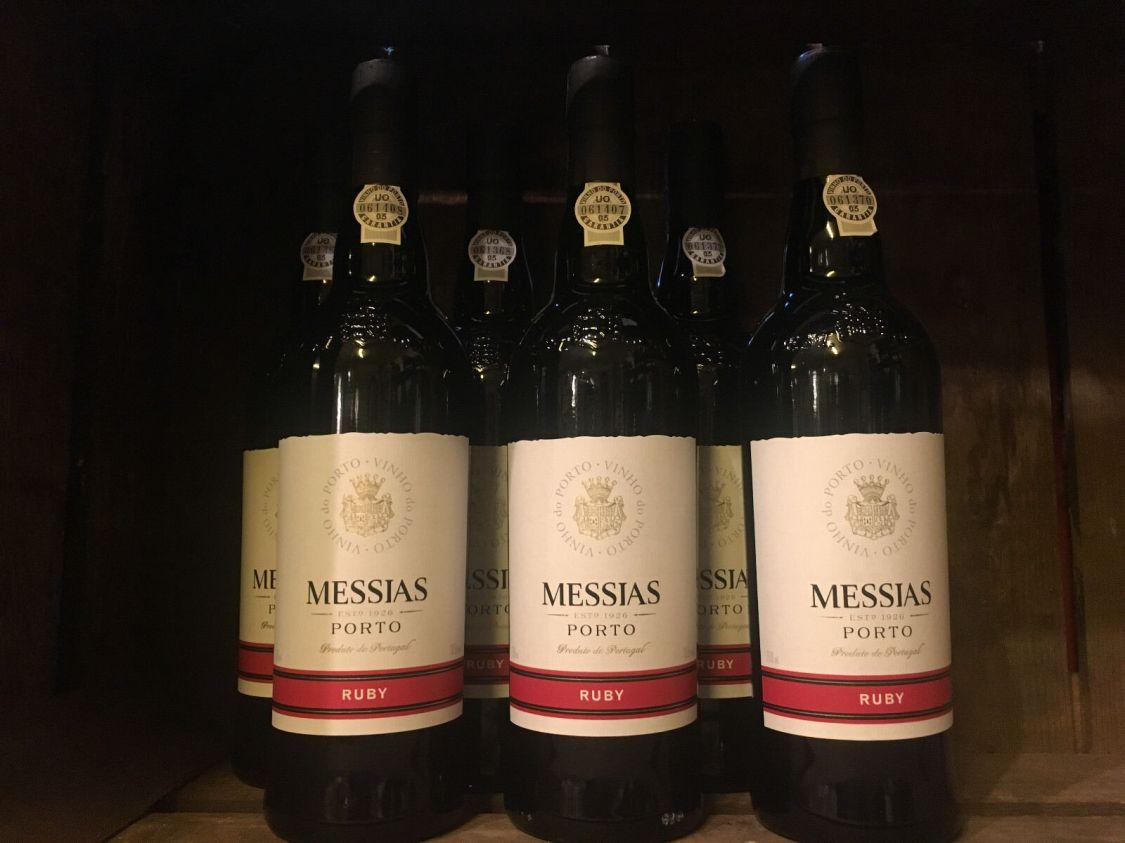 Ruby Portwein 6 Fl. rot süß Messias 19,5% Vol. Portugal ein Wein zum Verlieben