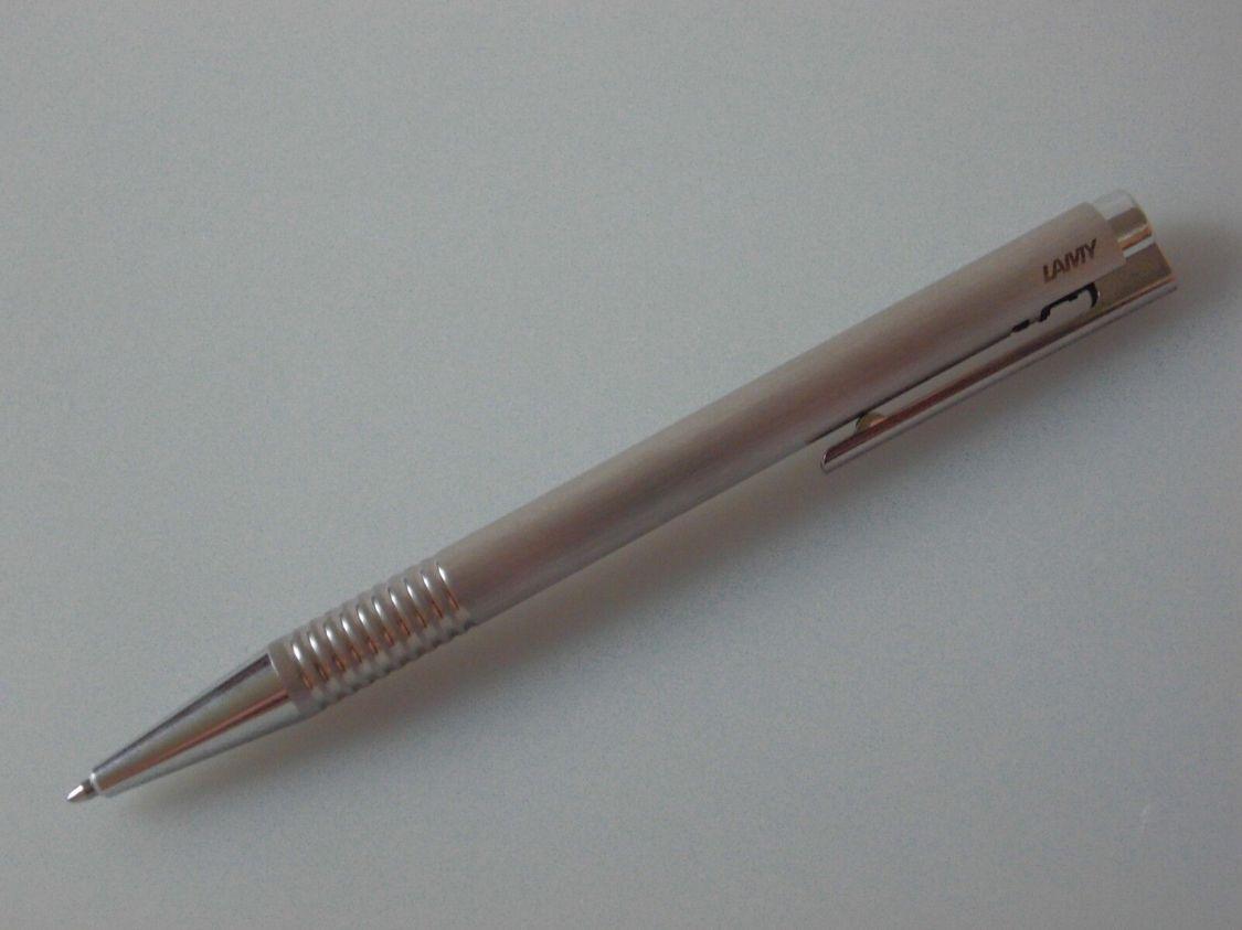 LAMY Logo Kugelschreiber Edelstahl strichmattiert mit M16 Großraummine schwarz