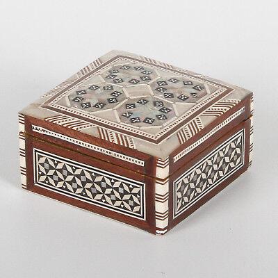 Orientalische Schmuckdose Schatulle Box Schmuckkästchen mit Perlmutt Sagira