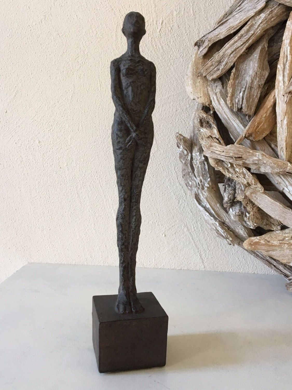 Frauenskulptur Bronze Antik Skulptur nackte Frau Dekofigur moderne Kunst 32 cm