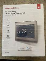 Honeywell home smart thermostat RTH9585WF.  Mint