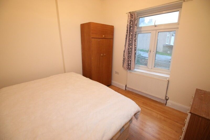 One Cheap Room In Slough
