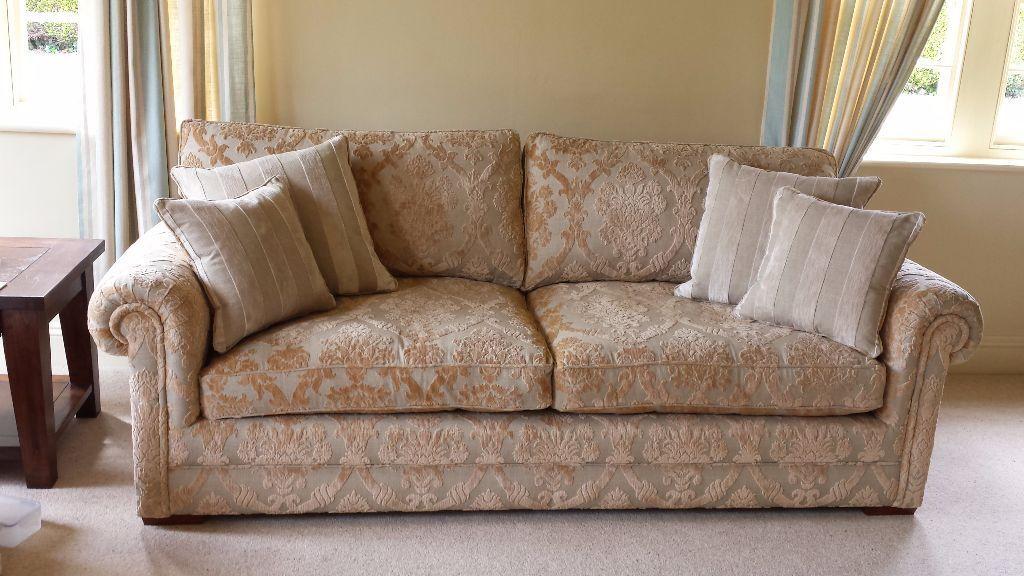 Grand Derwent Canterbury Sofa