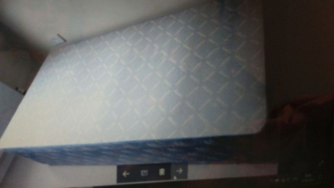 Used Single Bed Mattress Coffee Table And 2 White Leather Armchairs For Free Collection