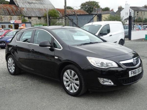 2011 Vauxhall Astra 1.7 CDTi ecoFLEX 16v SE 5dr (start ...