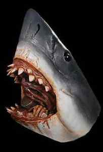 JAWS - Bruce the Shark Full Adult Mask - Trick or Treat Studios