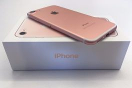 Image result for iphone 7 plus in rose gold