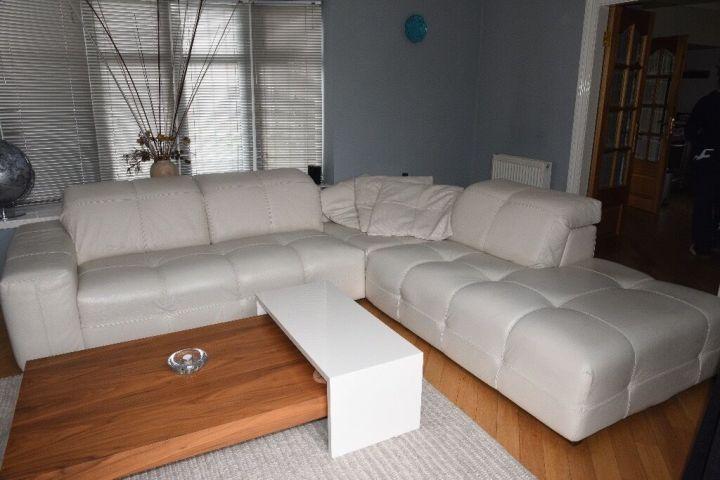 Natuzzi Corner Surround White Leather Sofa With In Built Speakers