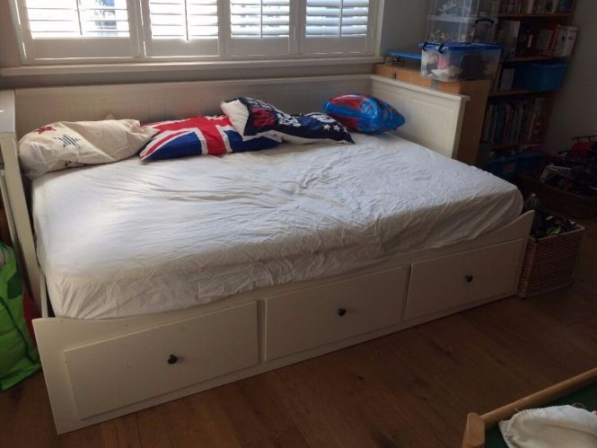 Ikea Hemnes Daybed Single Bed Or Double Comes With A Mattress