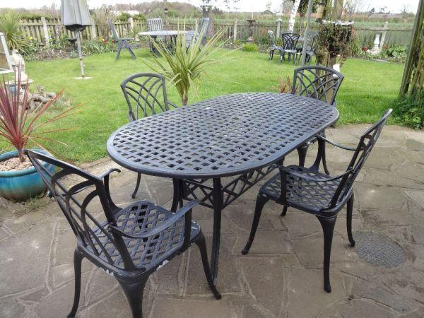 aluminium garden furniture sets LARGE CAST ALUMINIUM GARDEN FURNITURE SET -- TABLE AND 4