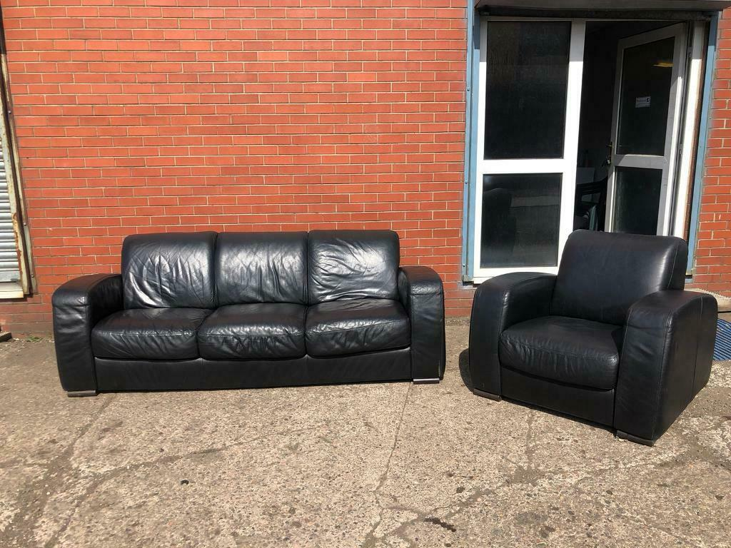 It's soft but structured, sleek but textured, and inviting but not overly indulgent. Pending ! Black leather Natuzzi Real leather Sofa Set ...
