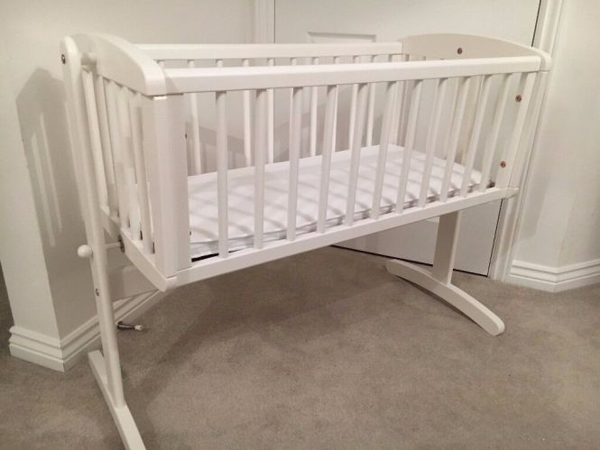 Mothercare Swinging Crib With Airflow Foam