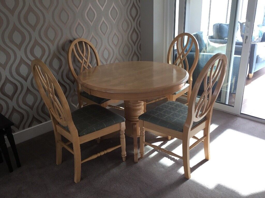 oak circular dining table with 4 matching chairs 3ft 6 on Circular Folding Dining Table id=60774