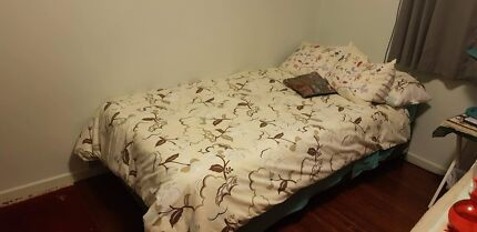 King Single Mattress And Base Bed Great Condition