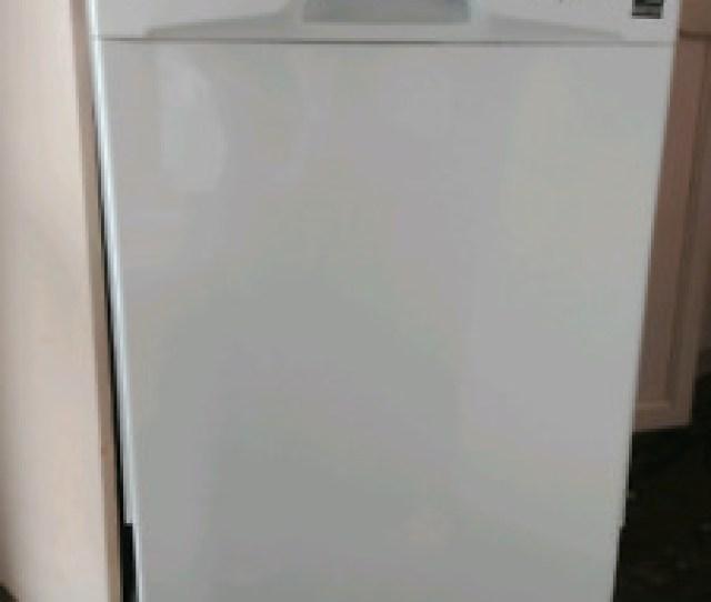 Almost New Dishwasher Ddw1801
