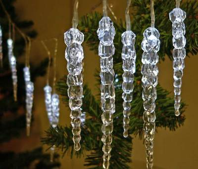 LED Eiszapfen Lichterkette 40 LEDs kaltweiß 6m + Zul. für Außen Weihnachten