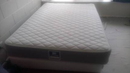 Queensize Bed And Mattress