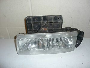 CHEVY ASTRO VAN GMC SAFARI LH HEADLIGHT 95 96 97 98 99 00