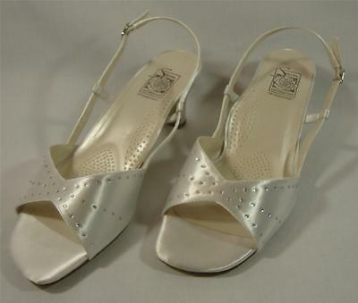 NEW Special Occasions by Saugus Shoe ADELLE 2530 White Satin Size: 9.5 | eBay
