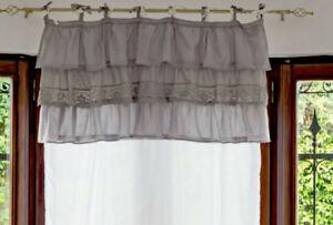 Può essere, anche, utilizzato con tenda composta da telo centrale e cadute o telo centrale e mantovana. Mantovana Shabby Chic Con Volant E Intarsio Pizzo Crochet Colore Grigio Tenda Da Ebay