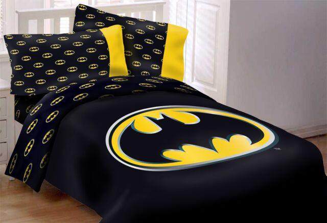dc batman emblem 7 piece queen size comforter set w solid black bed sheet set