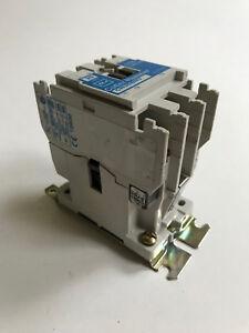 details about cn35bn3 cutler hammer 20 amp 3 pole lighting contactor 9 2876 1 120v coil