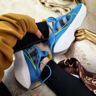 Women's Nike Vista Lite 'Daisy' .97 Free Shipping