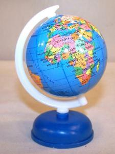 2 Small World Globes on Stand Fund Raiser Earth Globe Map Countrys     2 SMALL WORLD GLOBES ON STAND fund raiser earth globe map countrys maps new