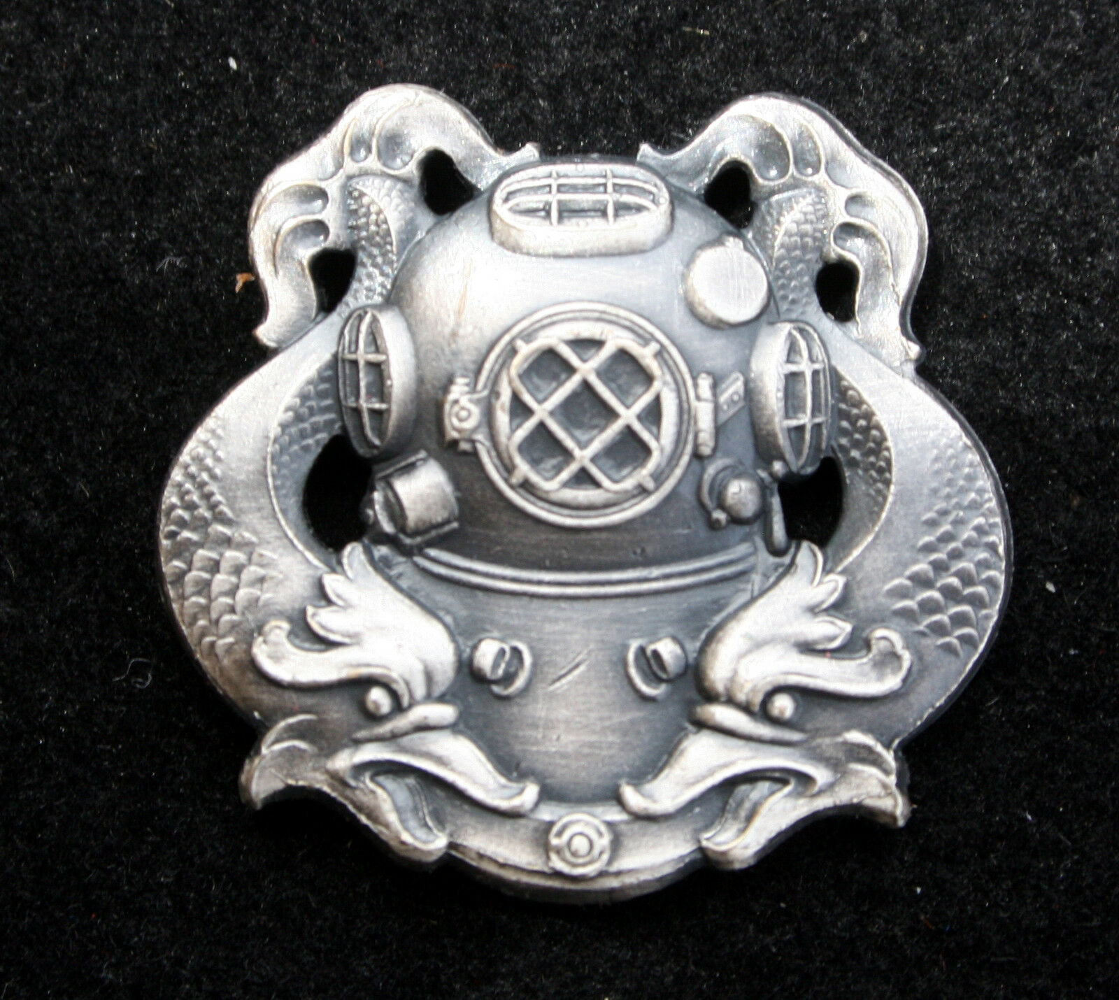 Diver First Class Regulation Badge Hat Lapel Pin Us Navy