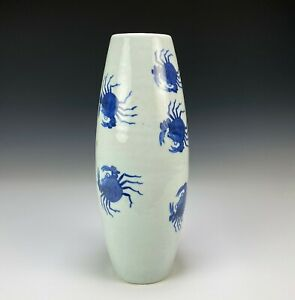 Unusual Antique Chinese Blue and White Porcelain Vase with Crabs