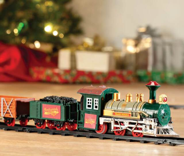Old Fashioned Classic Northwoods Express Under The Tree Christmas Train Set