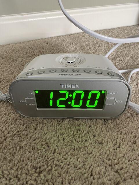 T231y Large Display Alarm Clock Radio