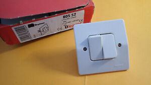details sur legrand 80552 ou 805 52 double interrupteur et poussoir neptune 2 blanc ancien