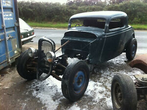 Hot Rod Unfinished Project 1934 Ford fibreglass body on rolling chassis. Rat Rod