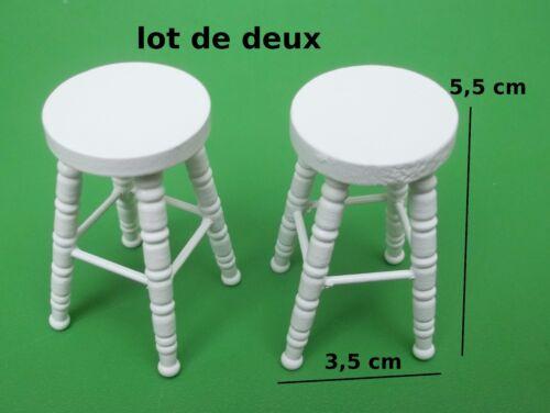 spielzeug lot de deux tabourets de bar miniature maison de poupee vitrine meuble mobilier co