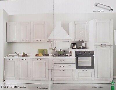 Solo due pareti sono dipinte ma l'intervento si fa notare e funziona. Bea Cucina Classica In Legno Colore Tortora Ebay