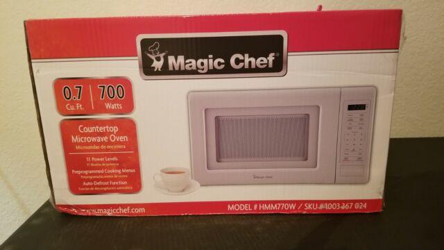 magic chef 0 7cu ft 700w countertop microwave oven in white model hmm770w