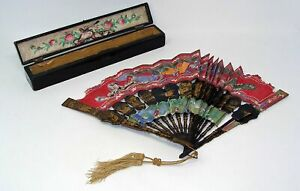 ANTQUE CHINESE GOLD GILT LACQUER HAND PAINTED FAN WITH LACQUER BOX*AS IS**WOW!!