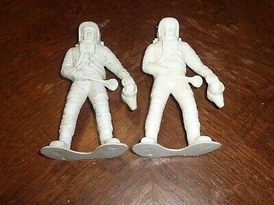 Lot of 2 Vintage Astronaut Plastic Figures 6quot Spaceman