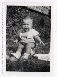 details sur photo ancienne enfant bebe pot de chambre toilette vers 1950 pleur pleurer