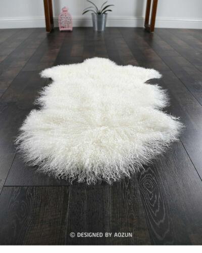 tapis en fausse fourrure et peaux pour