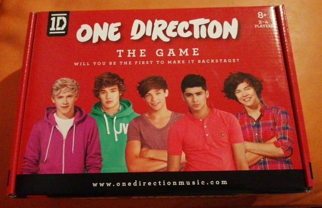 Image 01 - ONE DIRECTION THE GAME COMPLETE VERY NICE CONDITION 1D RARE BOARD GAME 8+ 2011