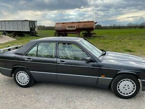 MERCEDES 190E ONLY 61k MILES with leather