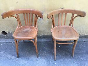 Noleggio adatto per ambientazioni e scenografie per interno. Mag 2 Sedie In Legno Tonet Schiena Tonda Vintage Anni 60 Antiche Ebay