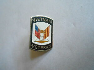 Vintage Vietnam War Veteran Crossed Flags Lapel Pin | eBay