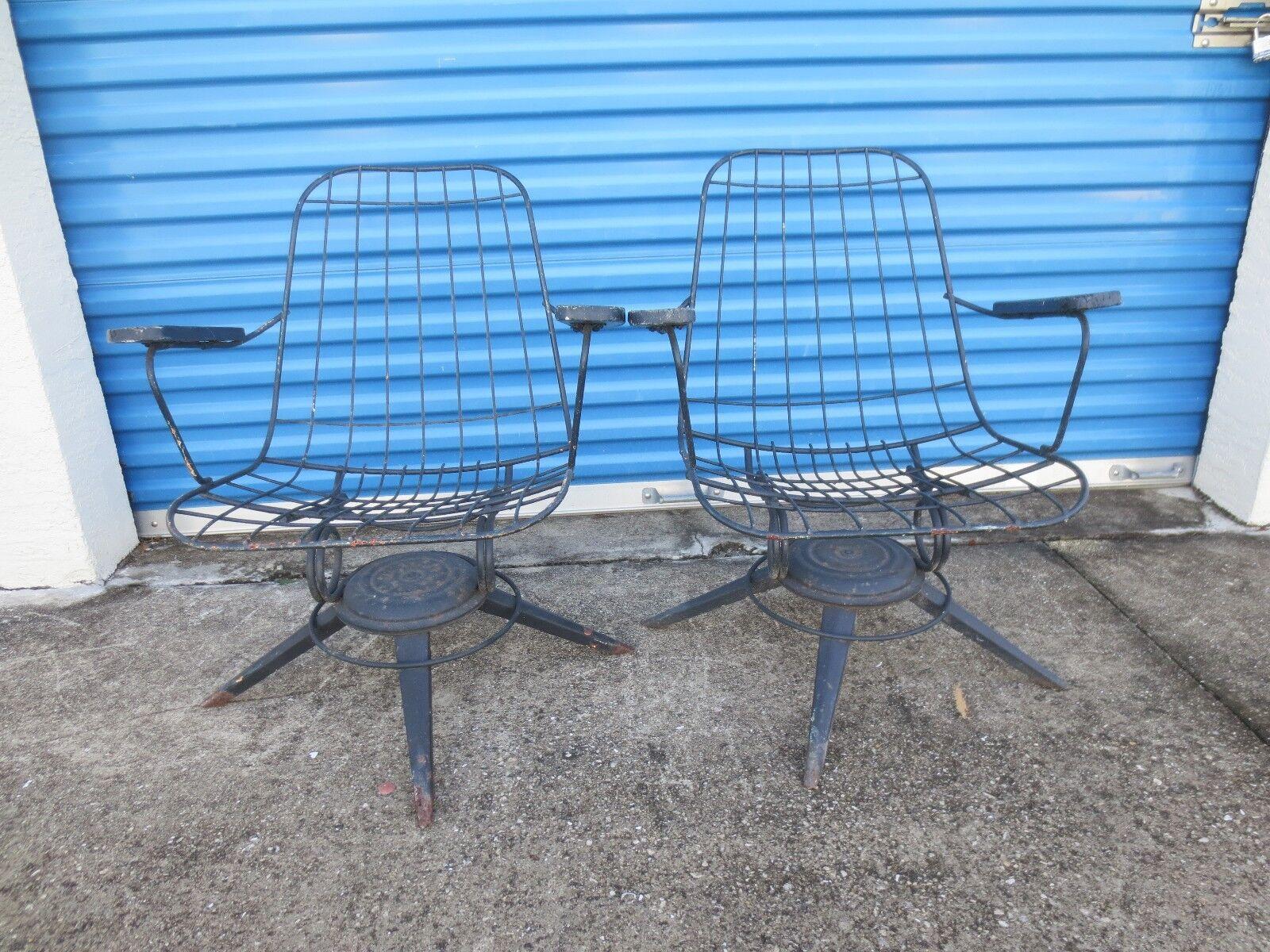 Pair Wire Arm Chairs Patio Mid Century Modern Mesh 2 Homecrest Woodward Sty