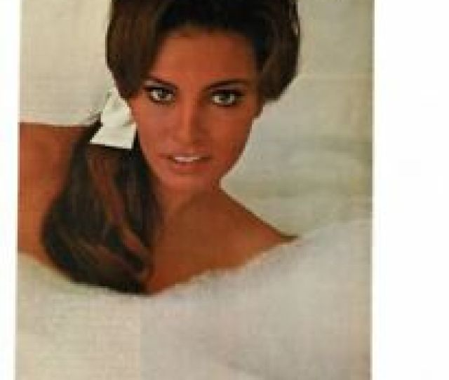 Image Is Loading Vintage 1967 Young Beautiful Sex Symbol Raquel Welch